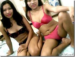 live asian lesbians